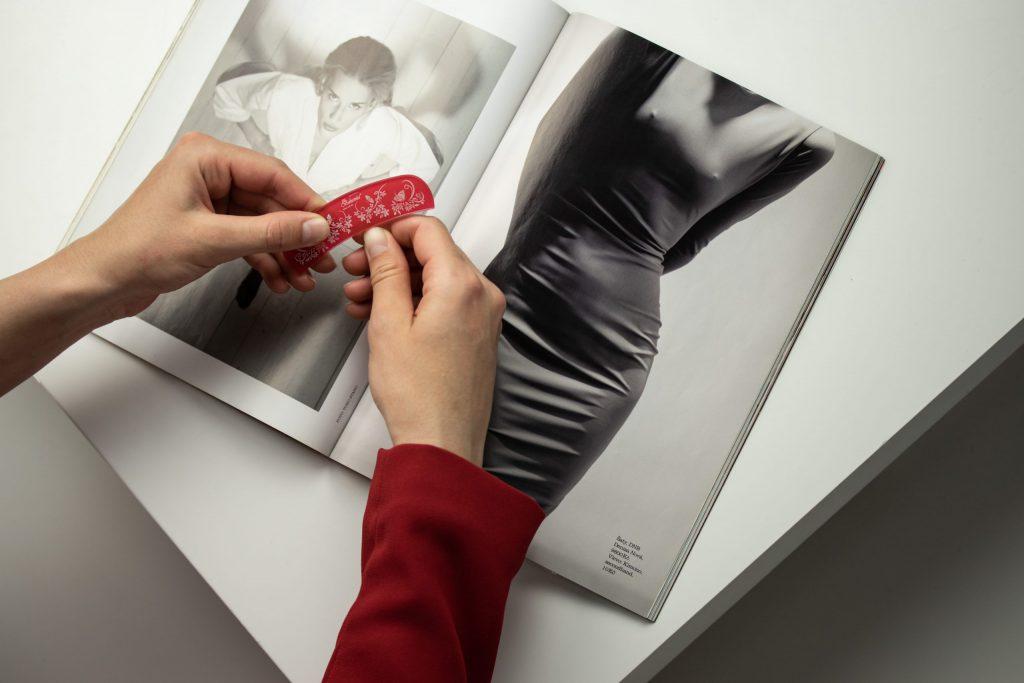 Potištěný skleněný pilník s drážkou